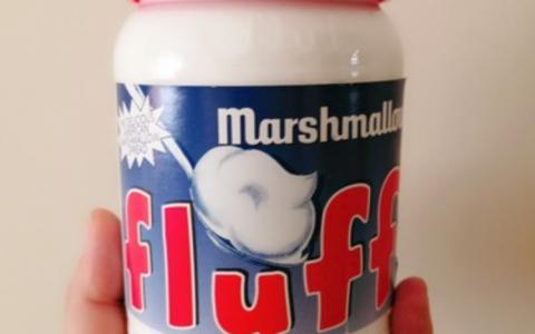 好物推荐:法罗夫fluff焦糖草莓棉花糖