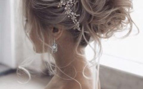 34款迷人的新娘发型创意将在2020年风靡全球