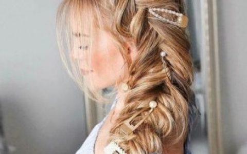 36款休闲美人鱼辫子发型供可爱女孩尝试